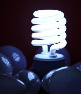 l'ampoule fluorescente